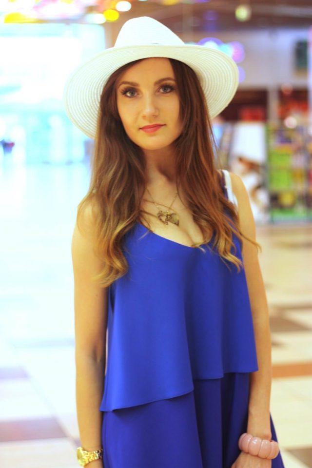 stylizacja z sukienka i kapeluszem (11)