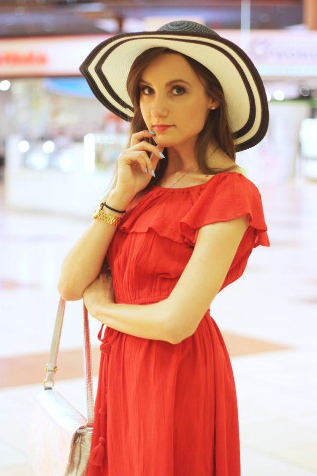 stylizacja z sukienka i kapeluszem (5)