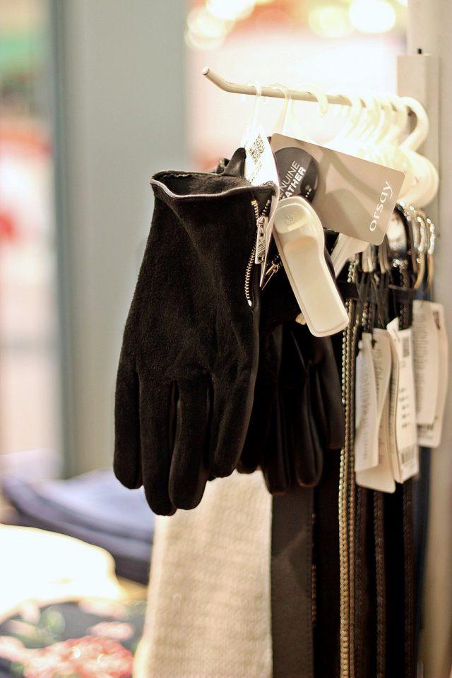 Rękawiczki Orsay 69,99 zł