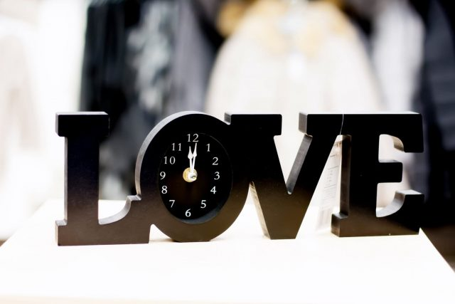 "zegar ""Love"" Pepco 29,99 zł"