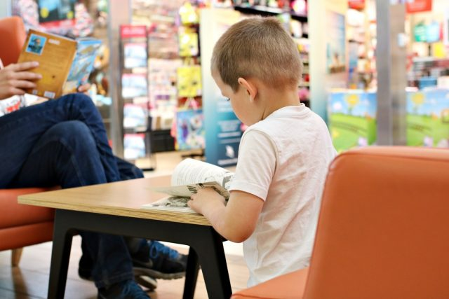 dlaczego warto czytać dzieciom? -Pomagasz mu w nauce, nie tylko czytania i pisania