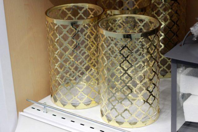 metalowo-szklana latarnia EJNAR (JYSK, 34,95 zł/ szt.)