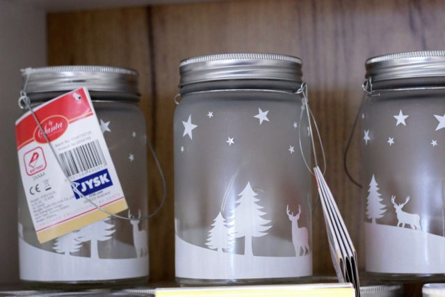 latarenka na świecę LED AGREBODA (JYSK, 13,46 zł/ szt.)