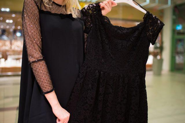 Idealna czarna sukienka na sylwestra czyli jaka?