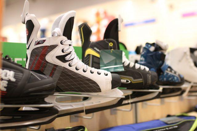 męskie łyżwy hokejowe sznurowane Martes - 249,99