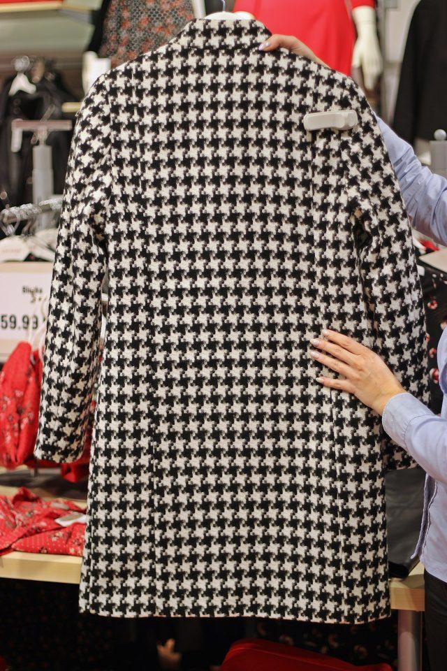 zimowy płaszcz damski orsay w pepitkę