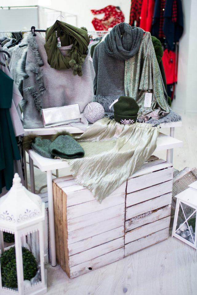 zimowe promocje i wyprzedaże w sklepach