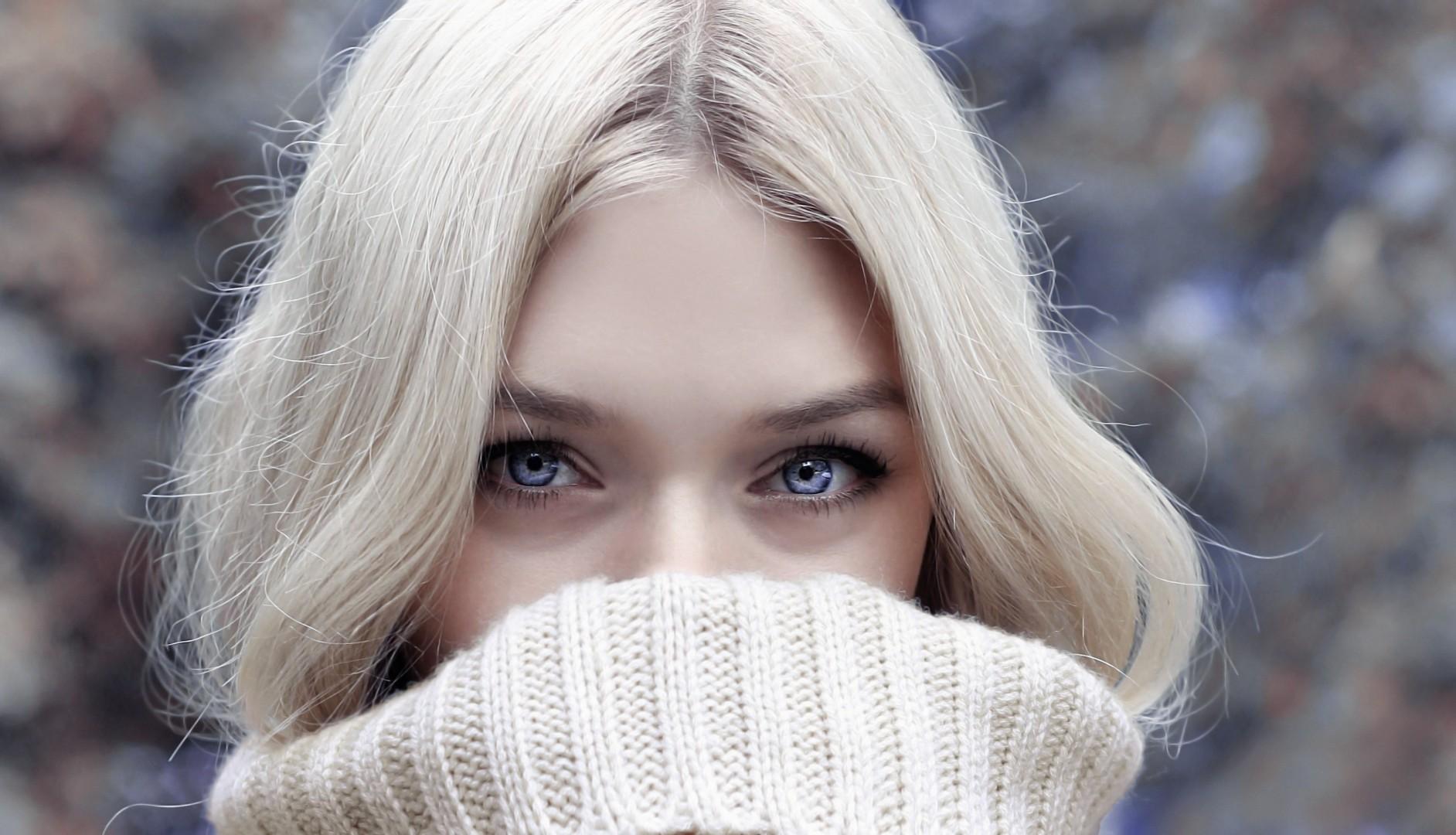 Jak dbać o włosy zimą? To musisz wiedzieć!