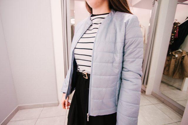 Wyjątkowe damskie kurtki i płaszcze wiosenne