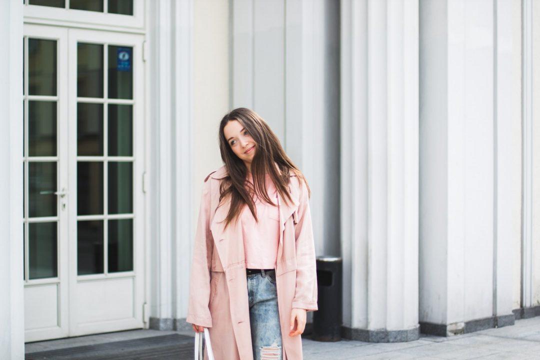 modne wiosenne kurtki i płaszcze damskie