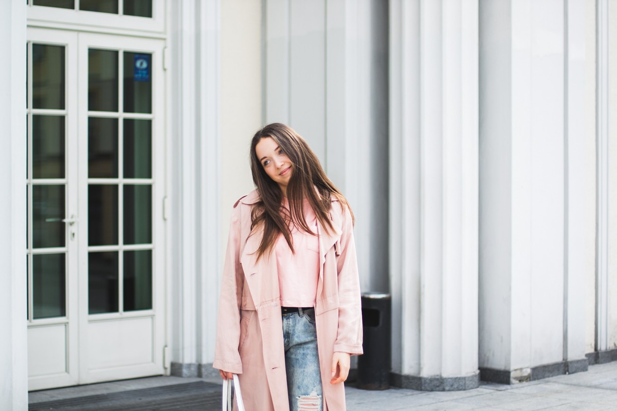 Wyjątkowe damskie kurtki i płaszcze wiosenne. Znajdź swój wymarzony!