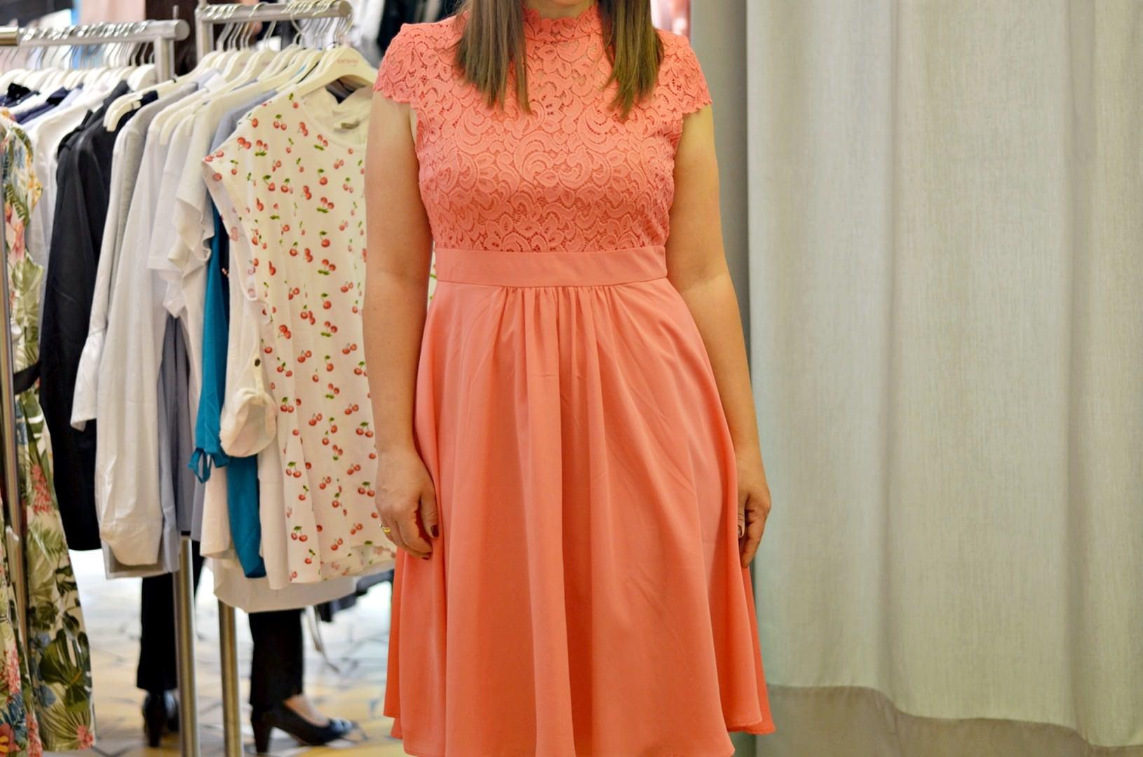 Eleganckie, rozkloszowane sukienki na wesele w których będziesz wyglądać olśniewająco!