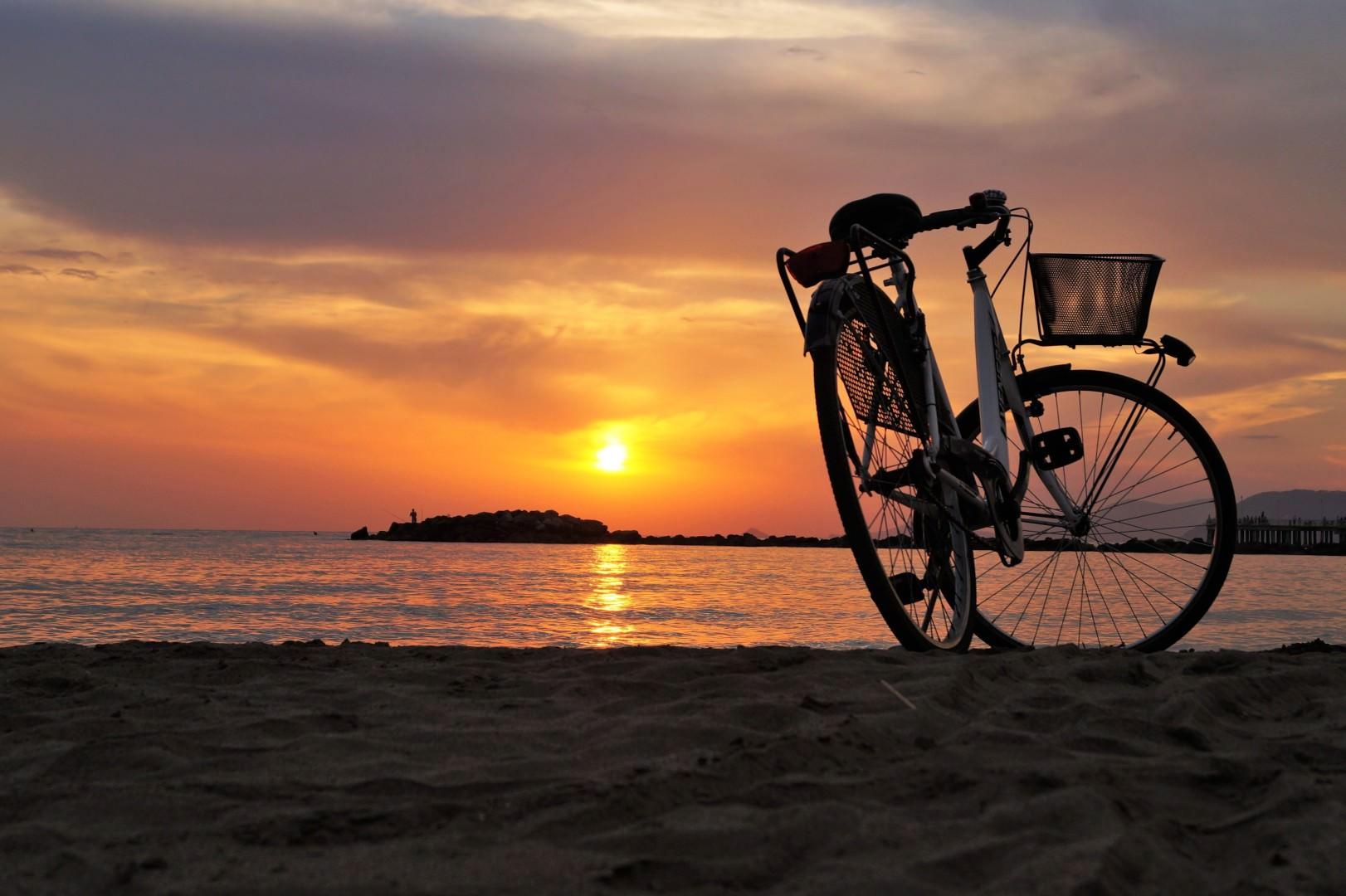Odzież rowerowa, czyli najlepsze spodenki i koszulki rowerowe tego sezonu!