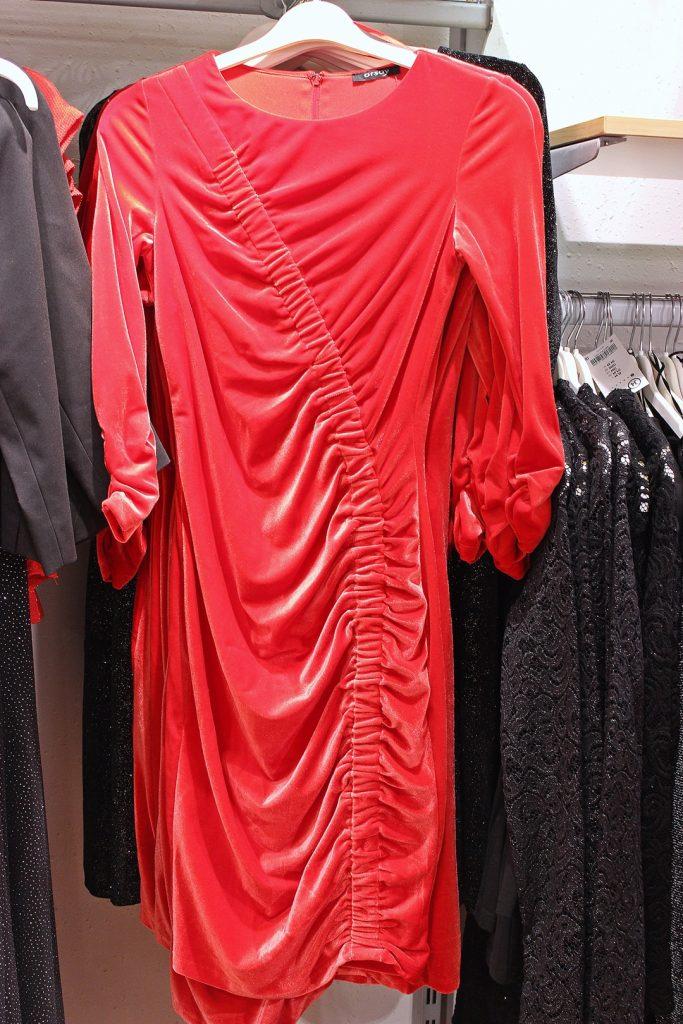 welurowa sukienka Orsay