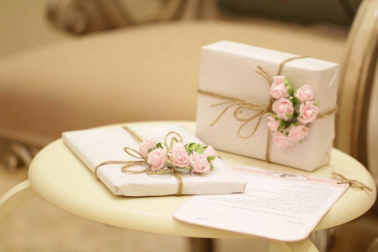 Prezent na komunię – Jaki prezent na komunię dla dziewczynki i dla chłopca?