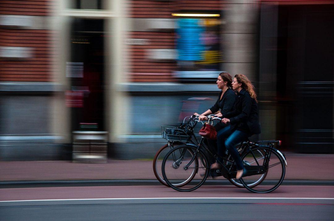przepisy rowerowe jak jeździć rowerem