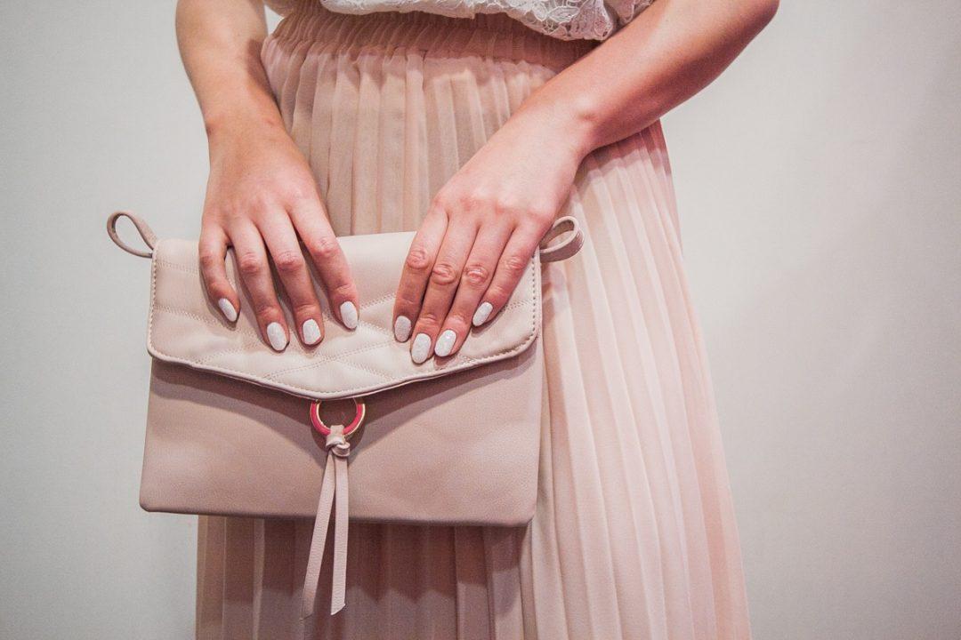 jak się ubrać na wesele - stylizacja ze spódnicą