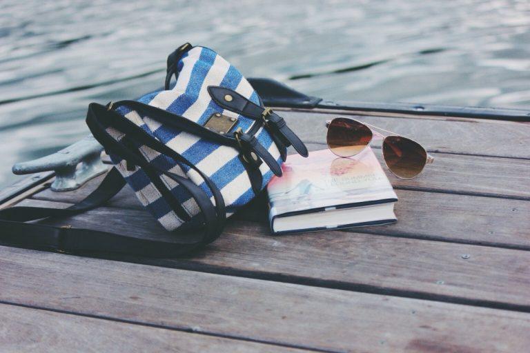 Książka na wakacje – Co warto przeczytać?