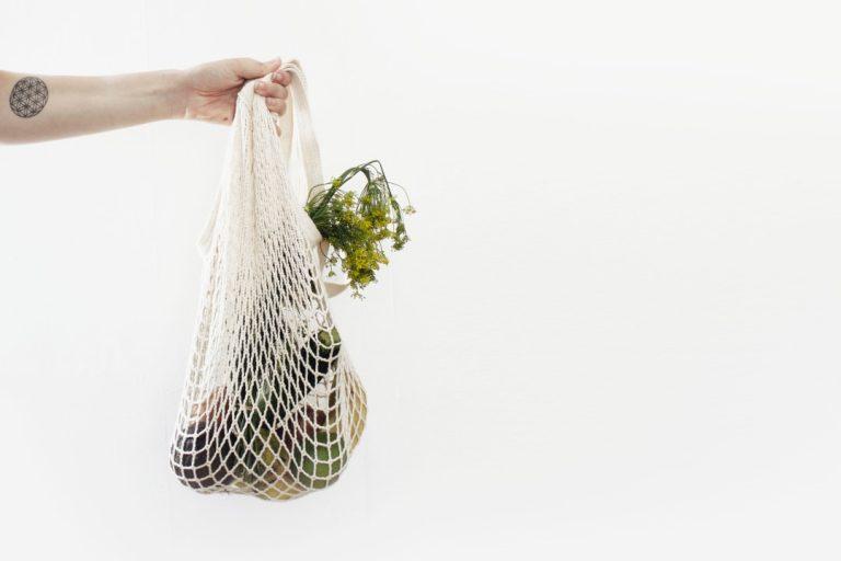 Zero Waste czy Less Waste? Jak dbać o środowisko?