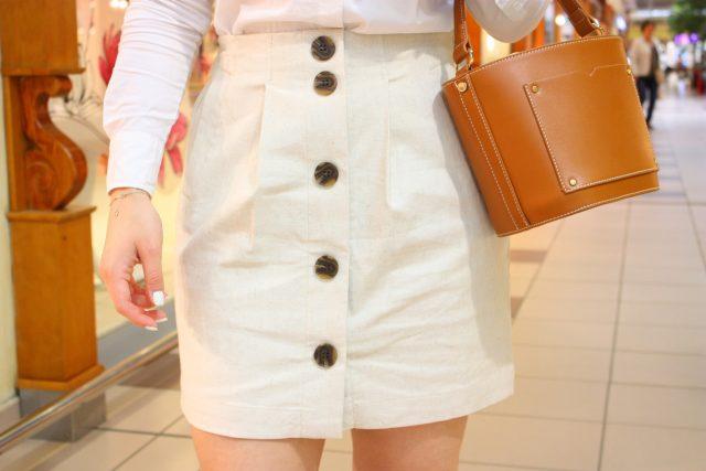 biała jeansowa spódnica z guzikami Camaieu