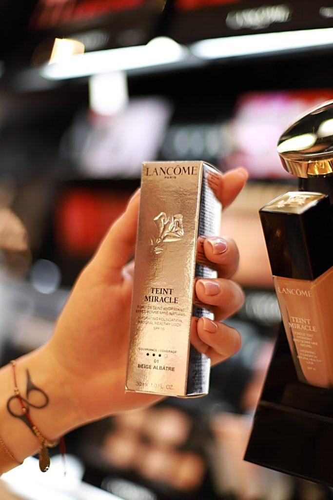 kosmetyki do makijażu ślubnego i wieczorowego