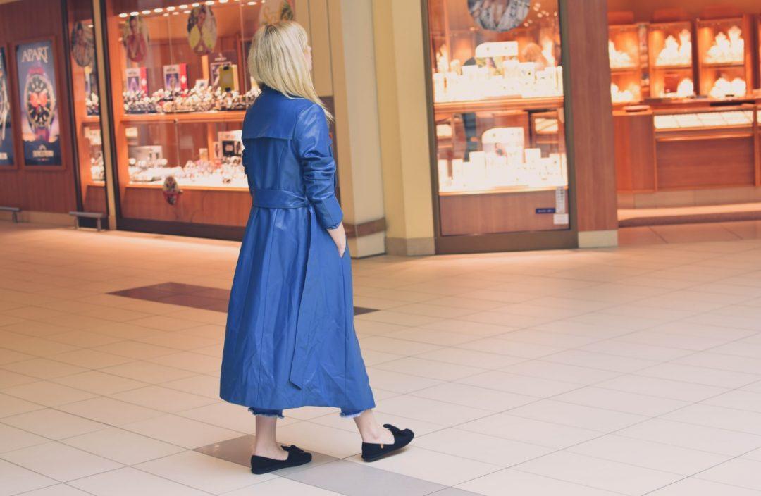 odzież przeciwdeszczowa niebieski płaszcz