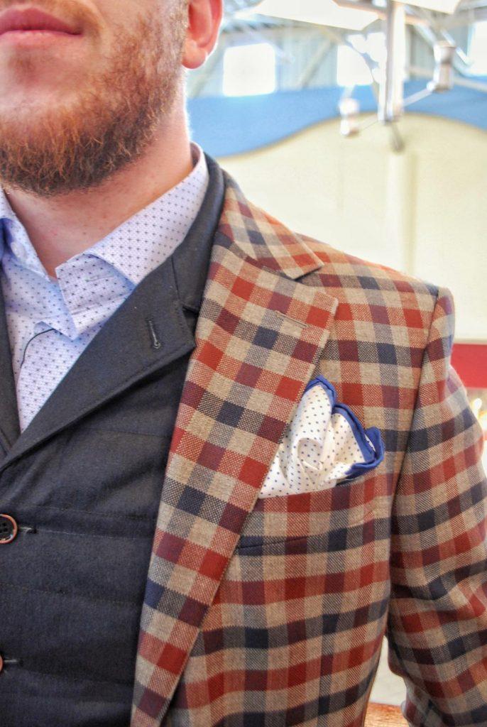 elegancka stylizacja dla faceta do pracy