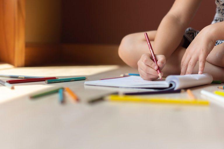 Jak zachęcić dziecko do nauki i pomóc dziecku w nauce