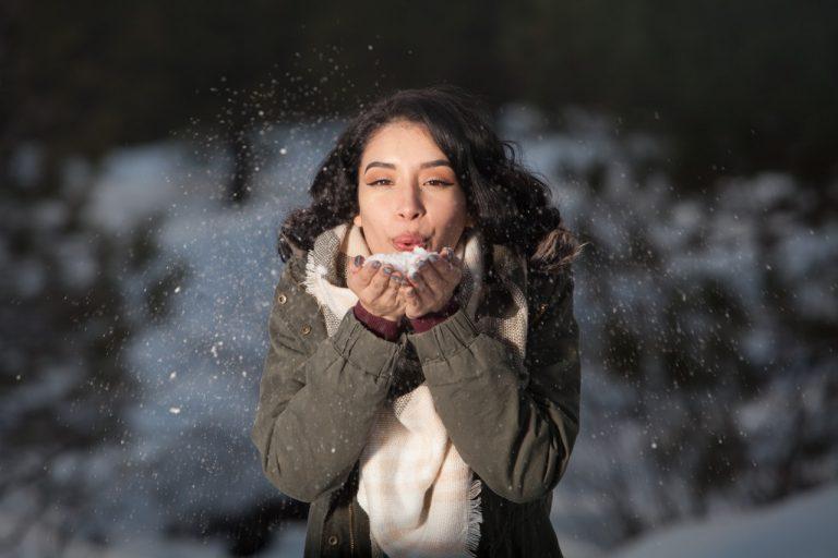 Typ urody zima – jak dobrać makijaż, ubrania i kolory?