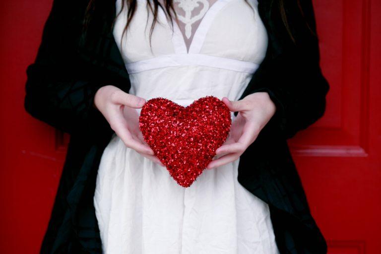 Jaki prezent na walentynki dla męża? Przedstawiamy 8 pomysłów!