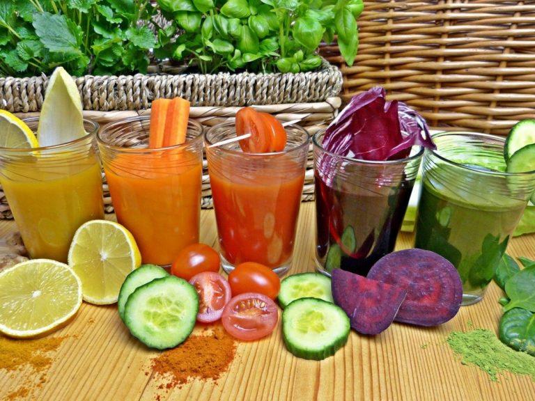 Przepisy na zdrowe koktajle, smoothie i soki na odporność