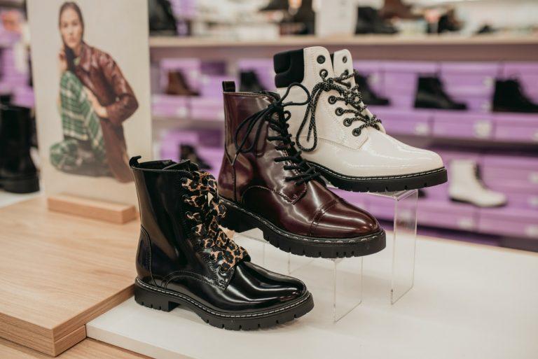 Damskie workery, oficerki  – stylizacje do ciężkich butów na grubej podeszwie