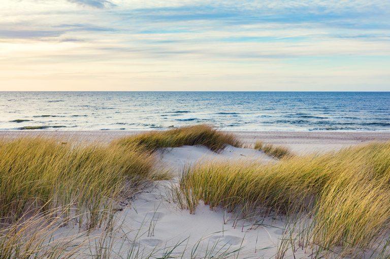 Jak znaleźć spokojne i ciche miejsce nad polskim morzem?