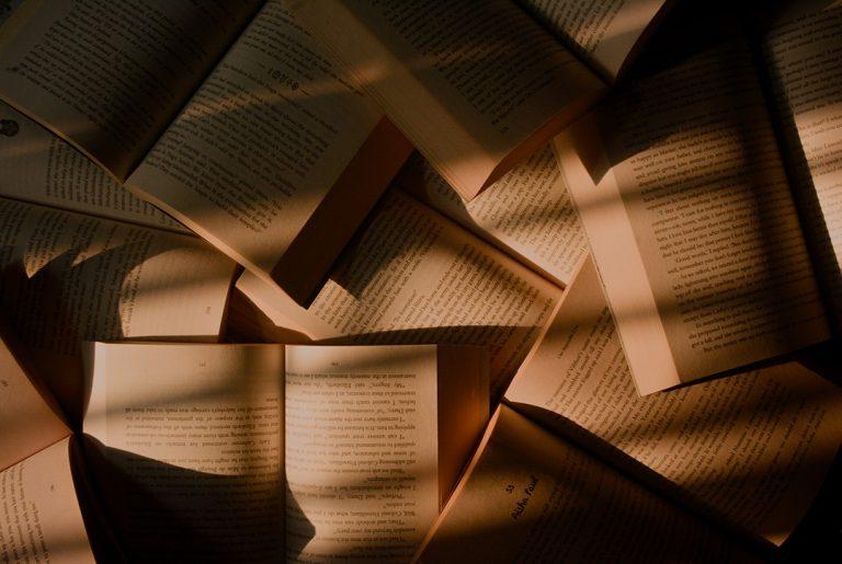 Książki na jesień – idealne na długie wieczory